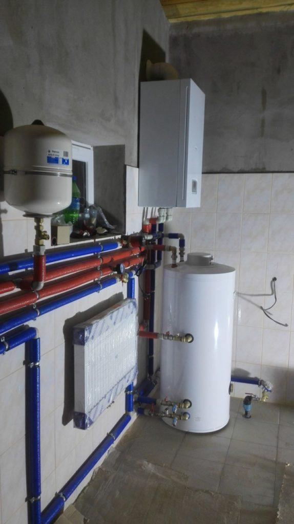 монтаж газового котла protherm и бойлера aquastic ратомка