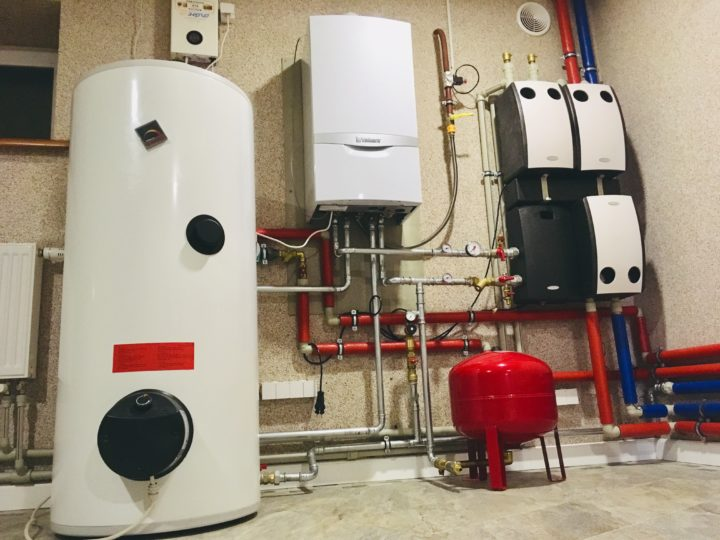 Монтаж системы отопления с газовым котлом Vaillant и насосными группами Meibes