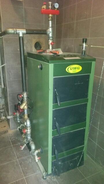 Монтаж системы отопления с твердотопливным котлом SAS