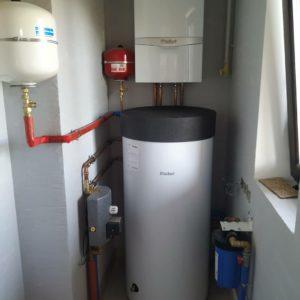 vasiliipalchekh_отопление дома компактной котельной с газовым настенным котлом Vaillant
