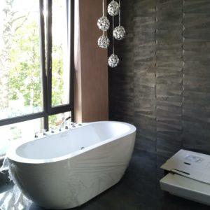 vasiliipalchekh_установка чистовой сантехники в ванной комнате