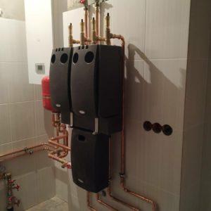 vasiliipalchekh_установка насосные группы Meibes и газовый котел Protherm для отопления дома