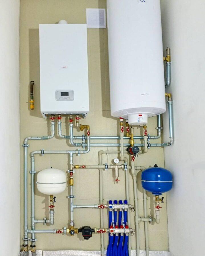 недорогой монтаж отопления в Минском районе с настенным газовым котлом Protherm
