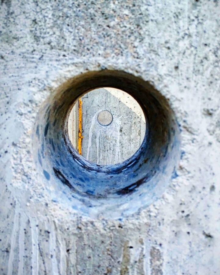вырезание технологических отверстий в бетоне